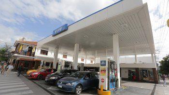 Naftas y gasoil más caros: aumentaron un 6%