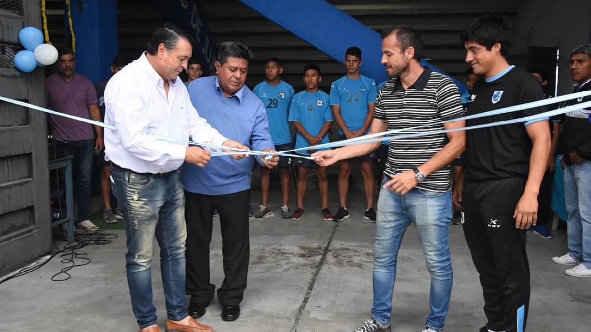 El lobo inauguró el nuevo gimnasio para divisiones inferiores