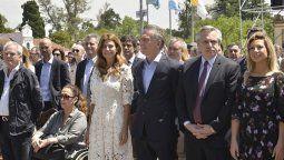 mauricio macri y alberto fernandez participaron de una misa por la unidad y la paz