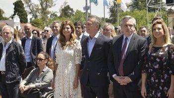 Mauricio Macri y Alberto Fernández participaron de una misa por la