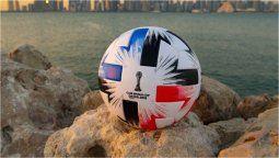 la pelota del mundial de clubes, un homenaje a los supercampeones