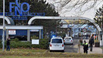 Pistolero mata seis personas y se suicida en República Checa