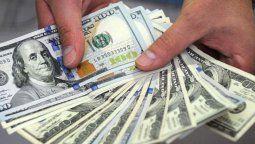 leve suba del dolar tras la asuncion de alberto fernandez