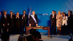 el nuevo gobierno oficializo las designaciones de los ministros