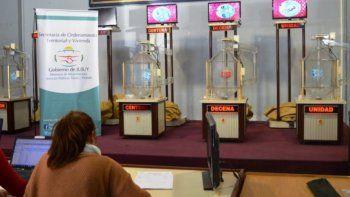 Se realiza el sorteo de lotes en San Salvador