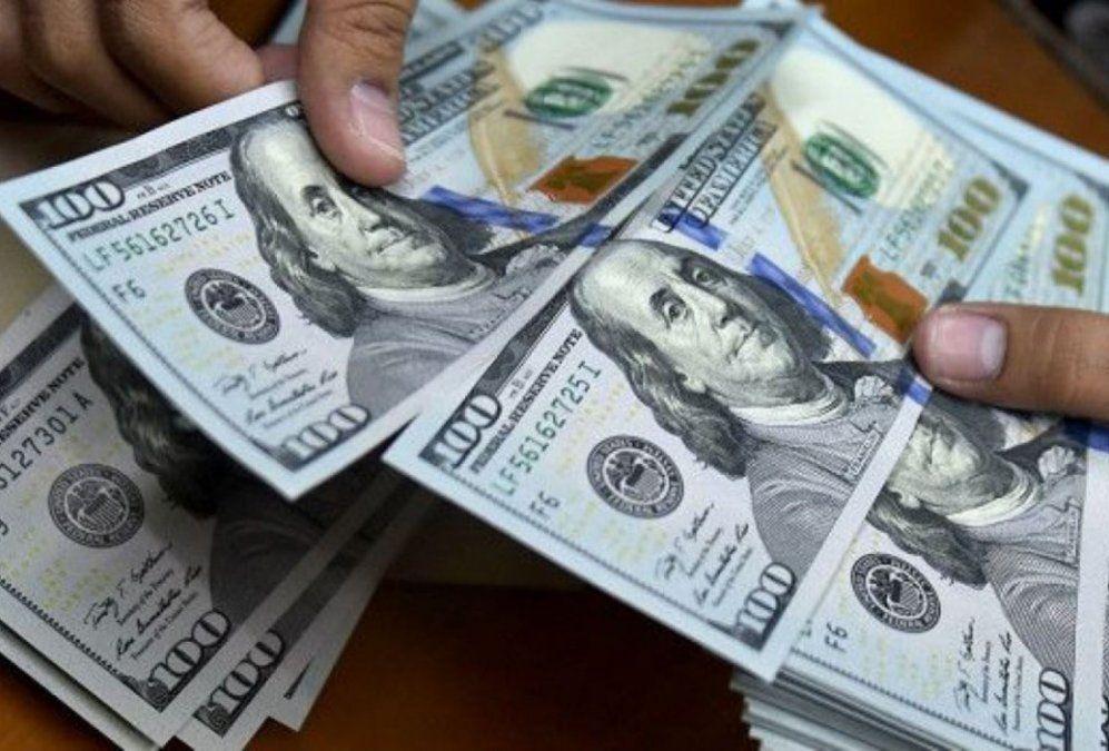 El dólar cerró estable a $63,09