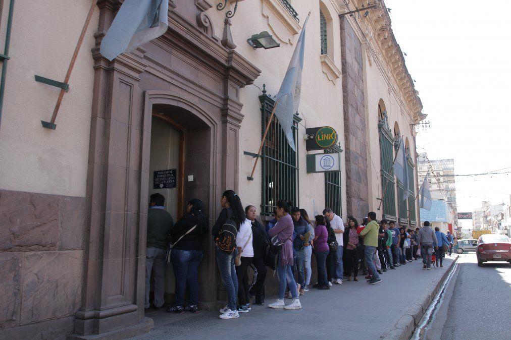 Habilitan a los Bancos a dar asueto el 24 y 31 de diciembre