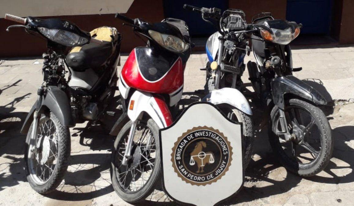 Recuperan cuatro motos que fueron robadas