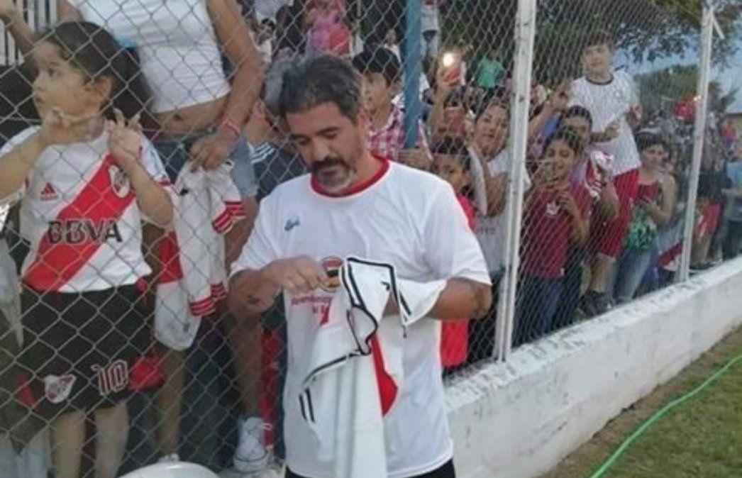 Fútbol solidario de la mano del Burrito Ortega en Libertador