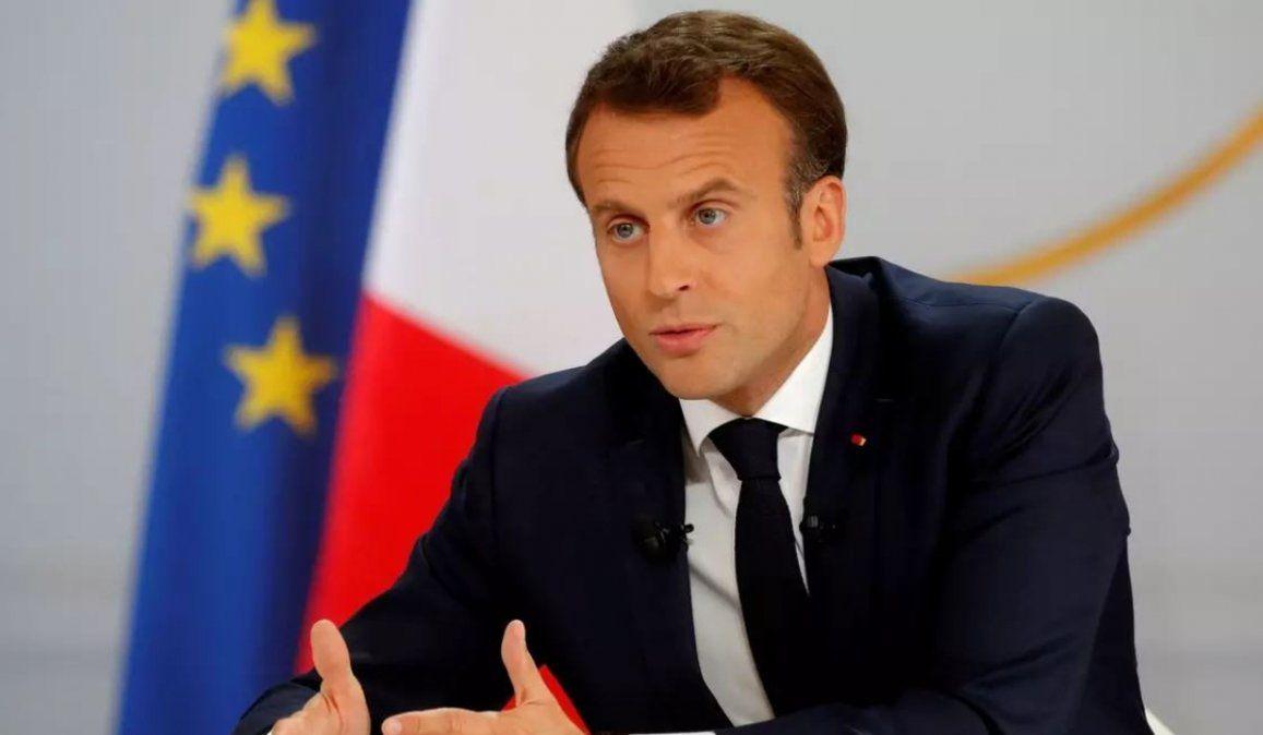 Macron renunció a su pensión vitalicia para dar el ejemplo