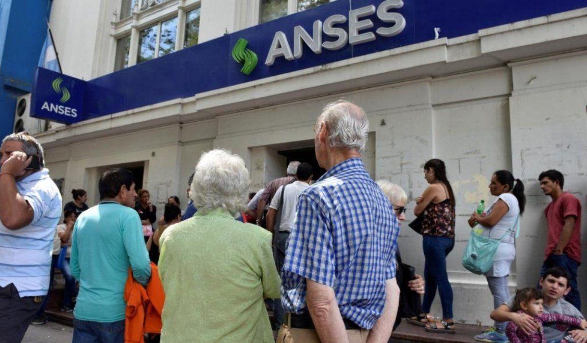 Comienza el pago del bono navideño para jubilados y beneficiarios de asignaciones