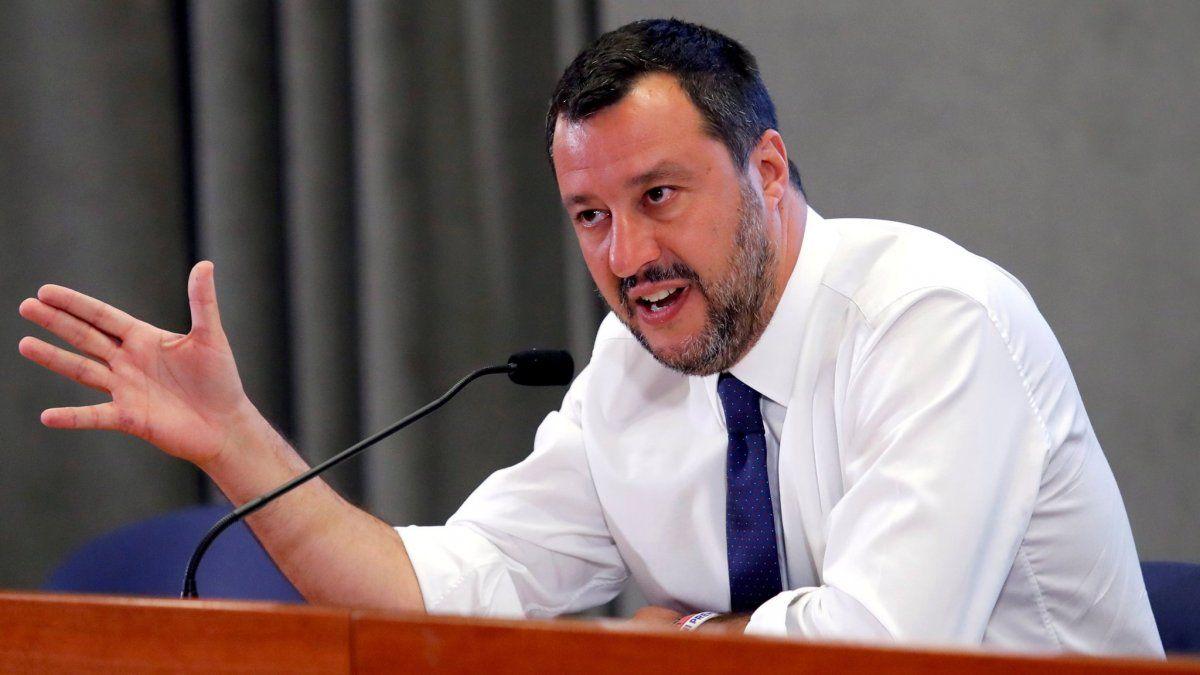 Salvini criticó al Papa por abrir las puertas a inmigrantes musulmanes