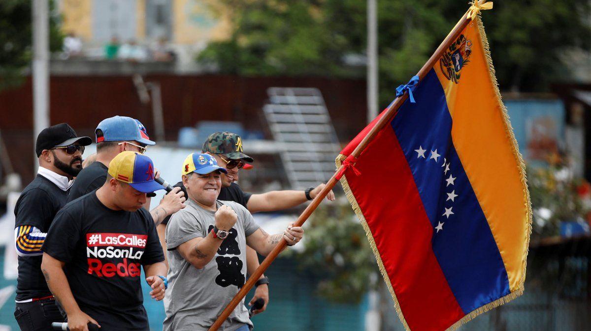 Maradona tentado para dirigir la Selección de Venezuela