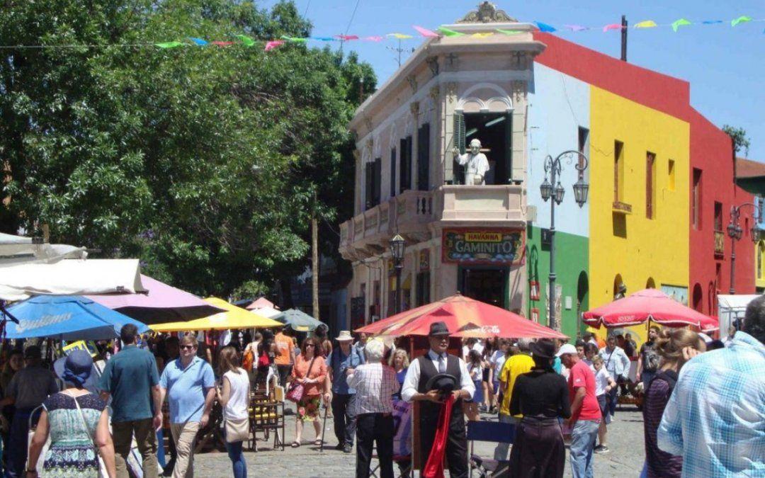 Impuesto del 30%: Los turistas a los que no se les hayan cobrado deberán pagarlo a la AFIP