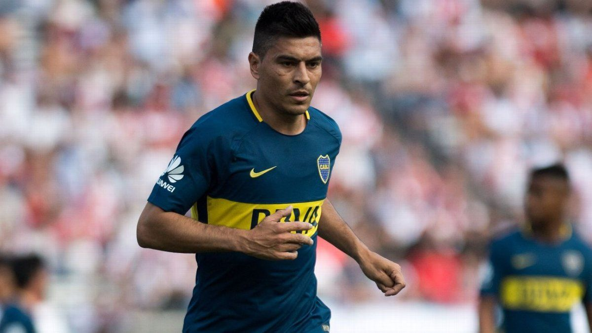 Maradona interesado en llevarse un jugador de Boca