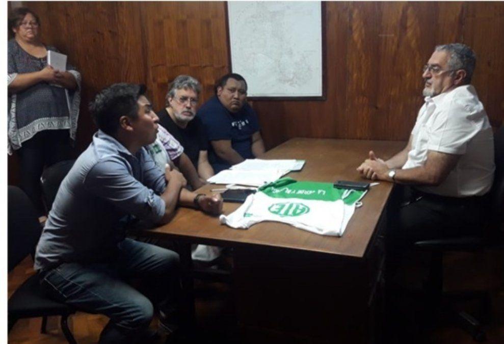 Tras los reclamos, enfermeros se reunieron con Bouhid