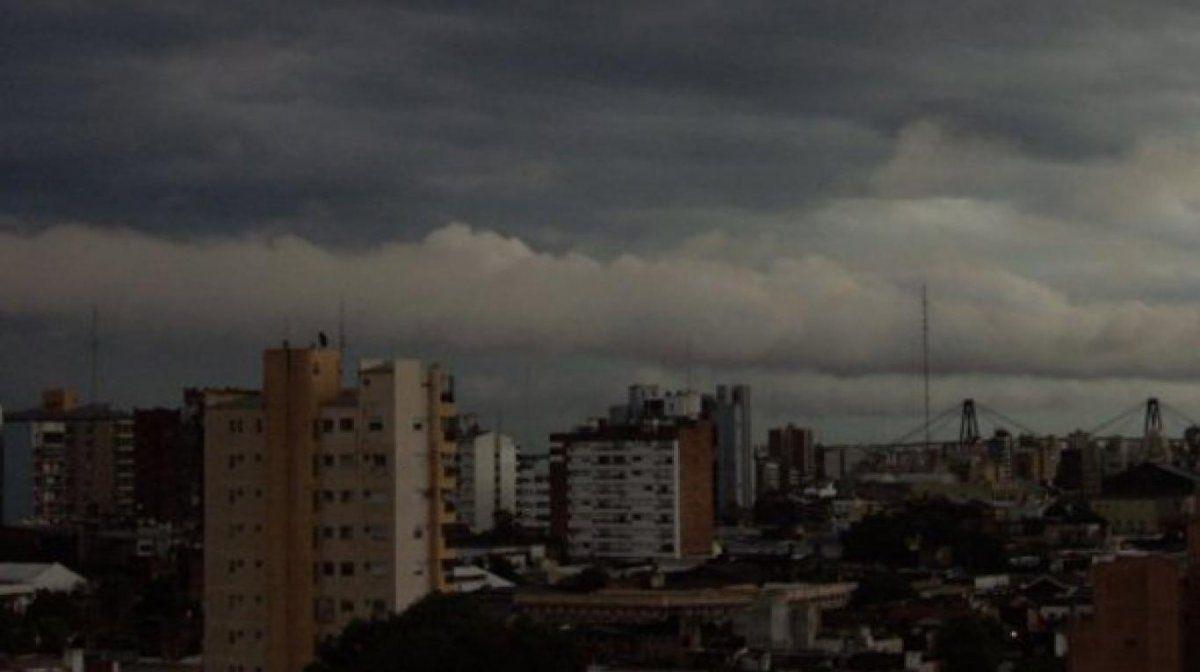 Rige un alerta por tormentas fuertes con ráfagas en Jujuy