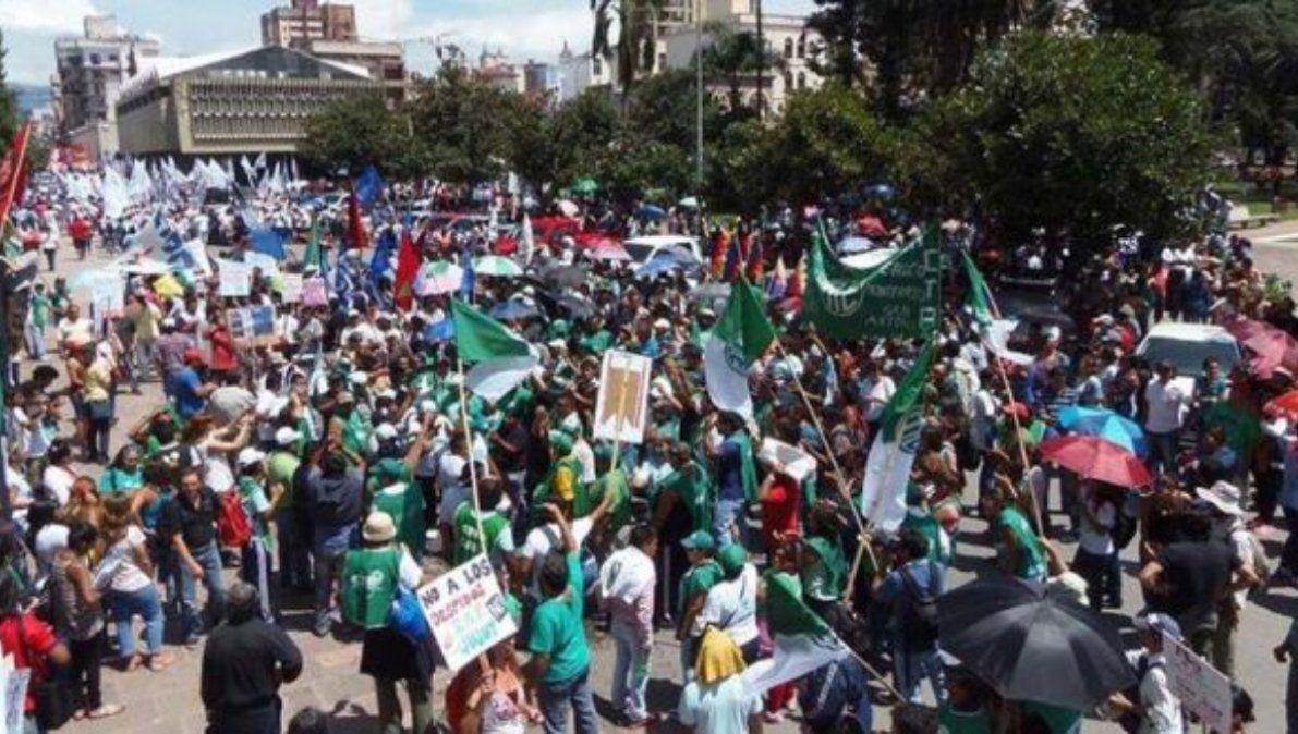 ATE, el único gremio con medidas de fuerza, exige discutir salarios en Jujuy