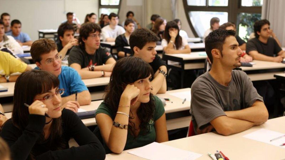 Buscarán que se gradúen más estudiantes en 5 carreras de las áreas donde faltan profesionales