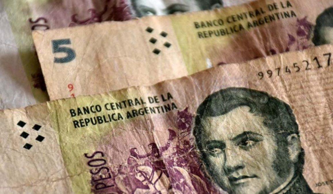 Extienden 30 días más la validez de los billetes de 5 pesos