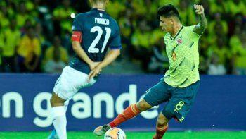 Carrascal hizo un golazo en el triunfo de Colombia sobre Ecuador