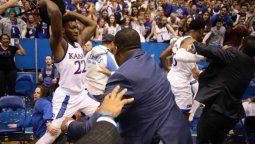 batalla campal en el basquet universitario de estados unidos