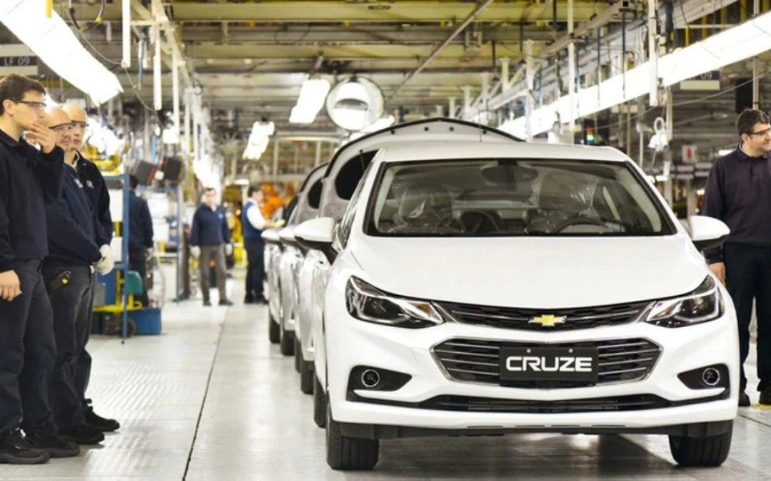 General Motors paralizará durante todo un mes su planta automotriz