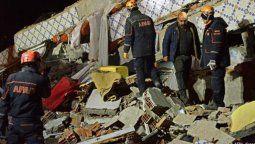 terremoto en turquia: al menos 20 muertos y 1000 heridos