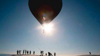 A horas del histórico vuelo solar en las Salinas Grandes, junto a un artista argentino y la banda BTS
