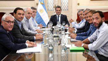 Morales y otros gobernadores le pidieron a Massa por las deudas de las provincias