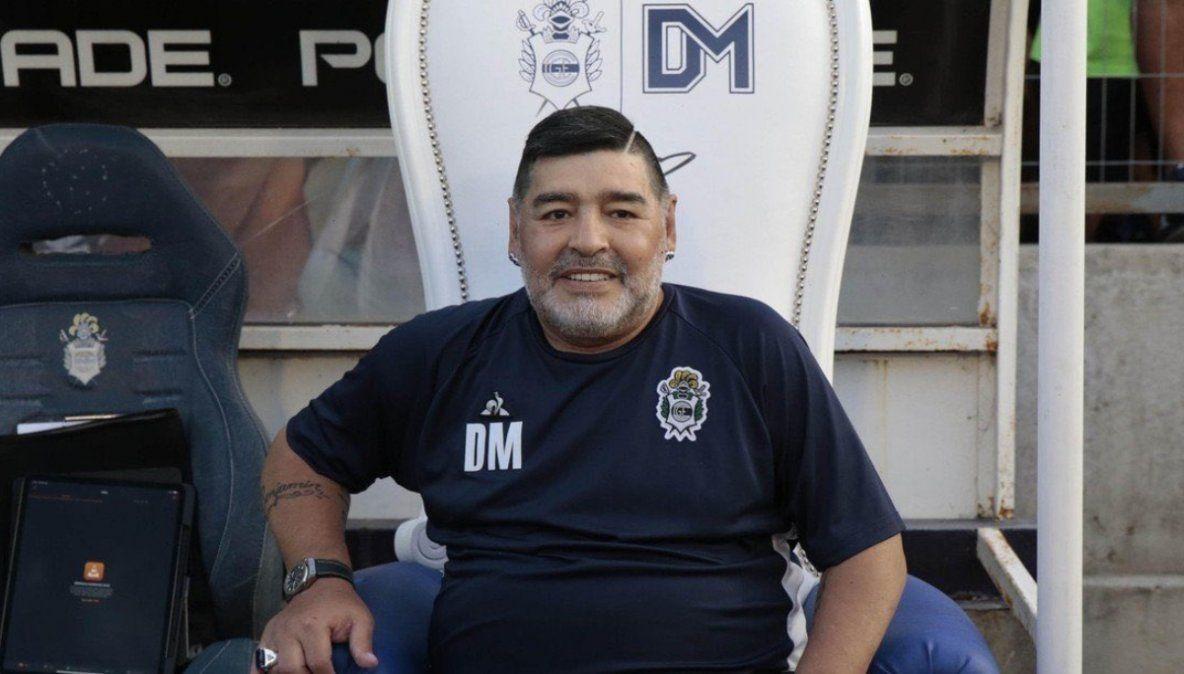 Gimnasia inició la primera subasta por el sillón de Maradona