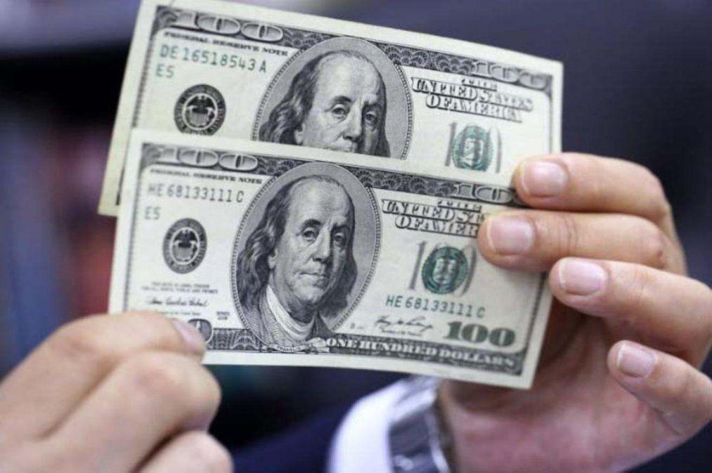 El dólar solidario superó los 82 pesos