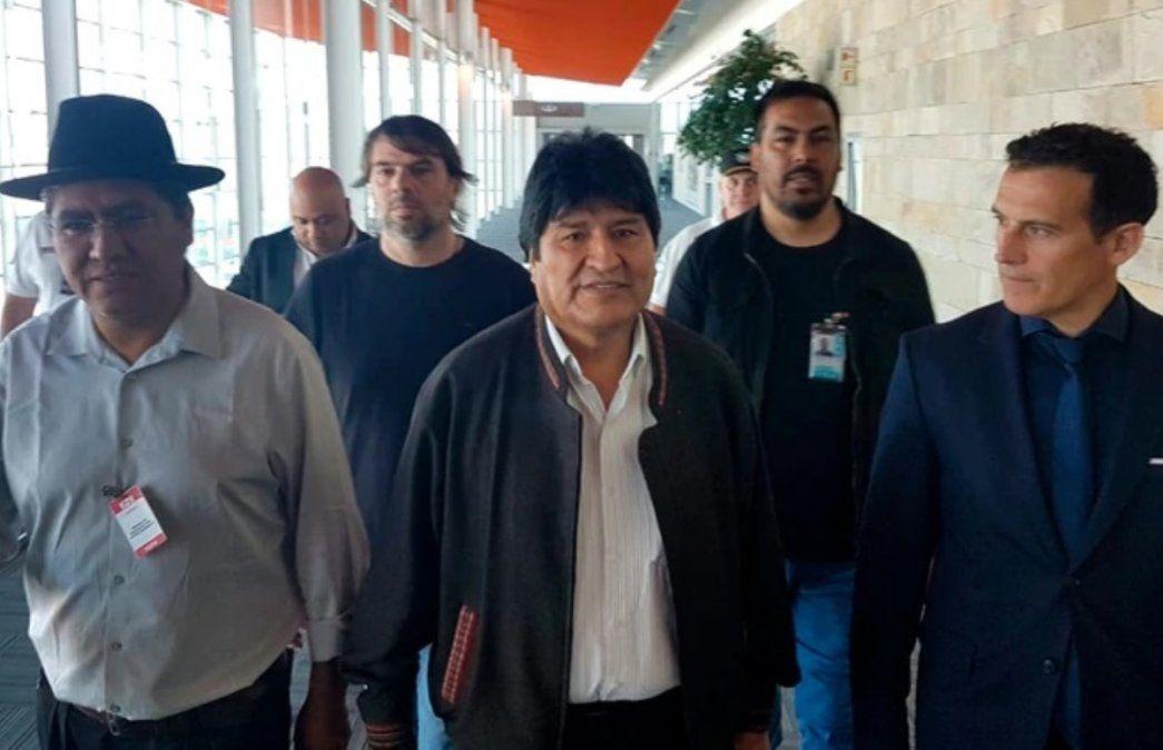 Evo Morales dejó Argentina y viajó a Cuba