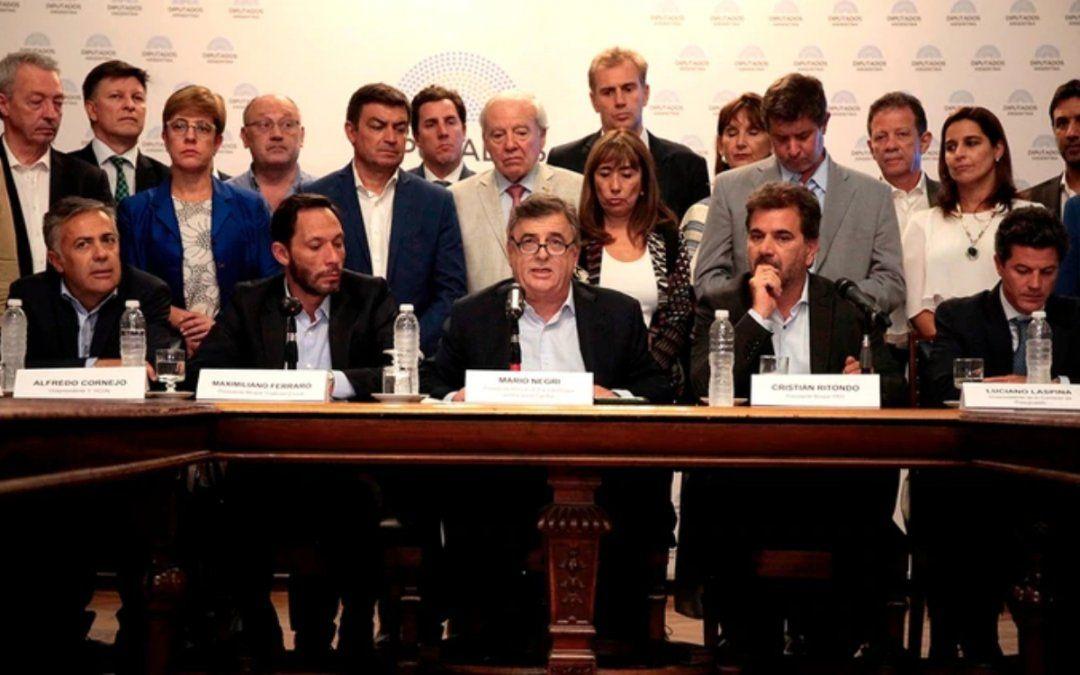 La oposición criticó la presentación de Guzmán: Nos quedó gusto a poco