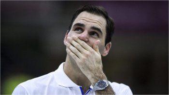 Federer se operó de la rodilla y tendrá una larga recuperación