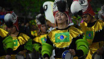 La Ruta del Carnaval en las Yungas: corsos, familia y diversión