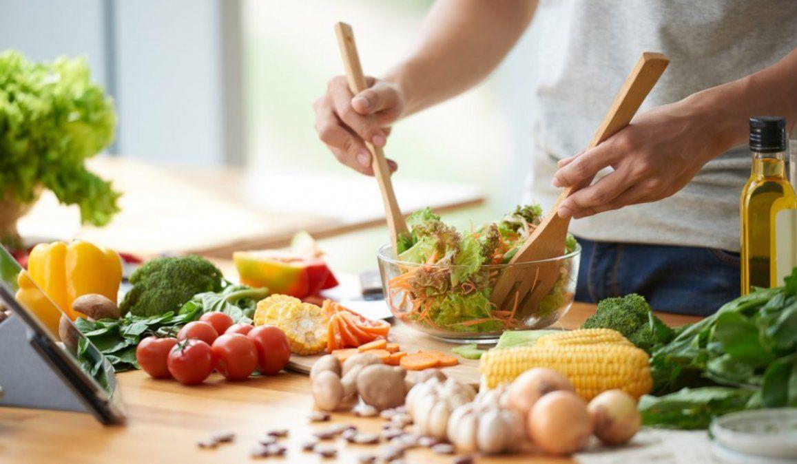 ¿Cómo cumplir la cuarentena y tener una alimentación saludable?