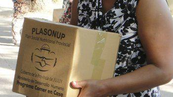 Entregan cajas alimentarias en Yala, Lozano y León