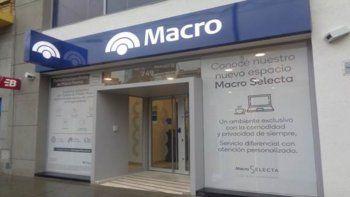 Banco Macro habilitó una línea telefónica para tramitar las extracciones sin tarjetas