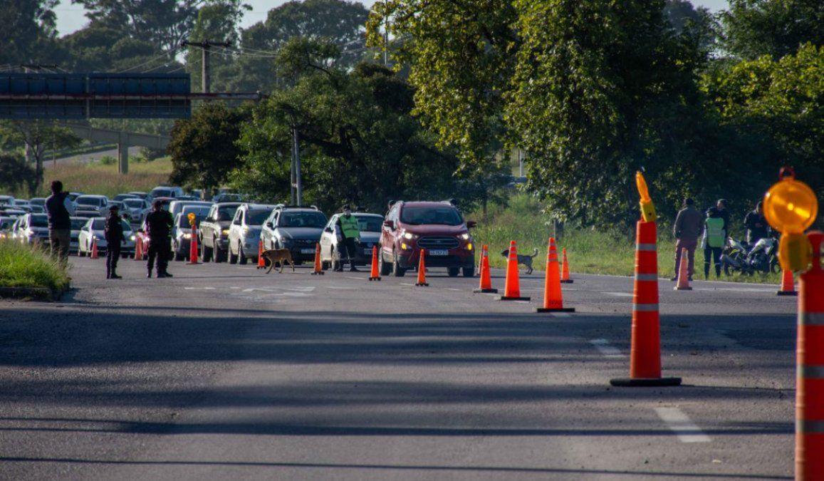 Ya se demoraron más de 1.000 vehículos en Jujuy por no tener el permiso de ciruculacion