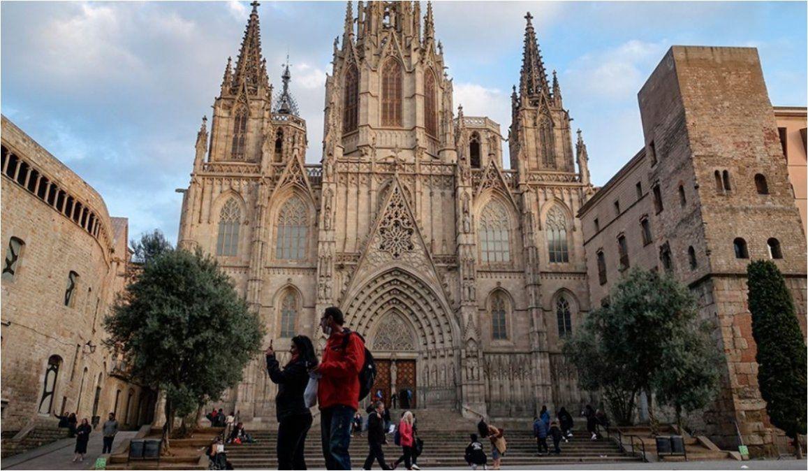 Cae cifra de fallecidos por Covid-19 en España