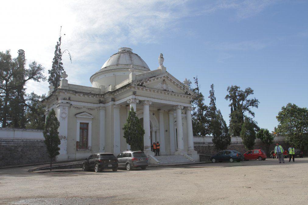 Cuestionamientos a la instalación del crematorio en el Cementerio del Salvador