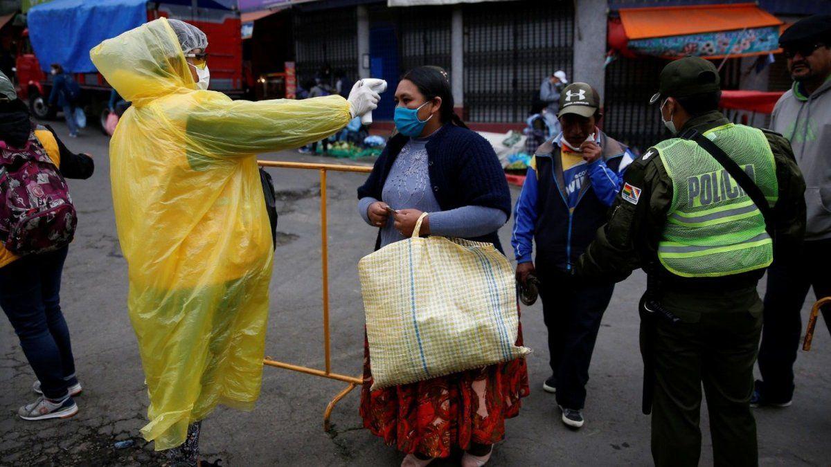 Bolivia tuvo un nuevo récord de contagios y decidió extender la cuarentena
