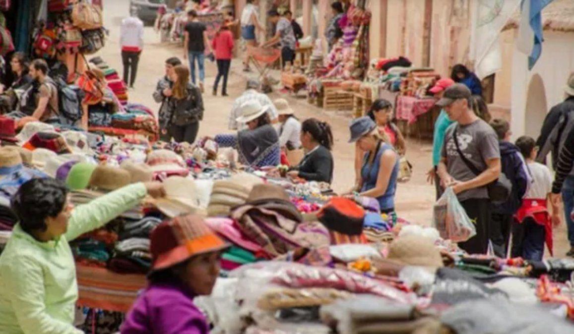 Crisis en Turismo: Una irresponsabilidad nos hizo volver a Fase 1