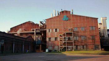 La empresa Ledesma se adapta a la crisis y comienza a vender papel a industrias