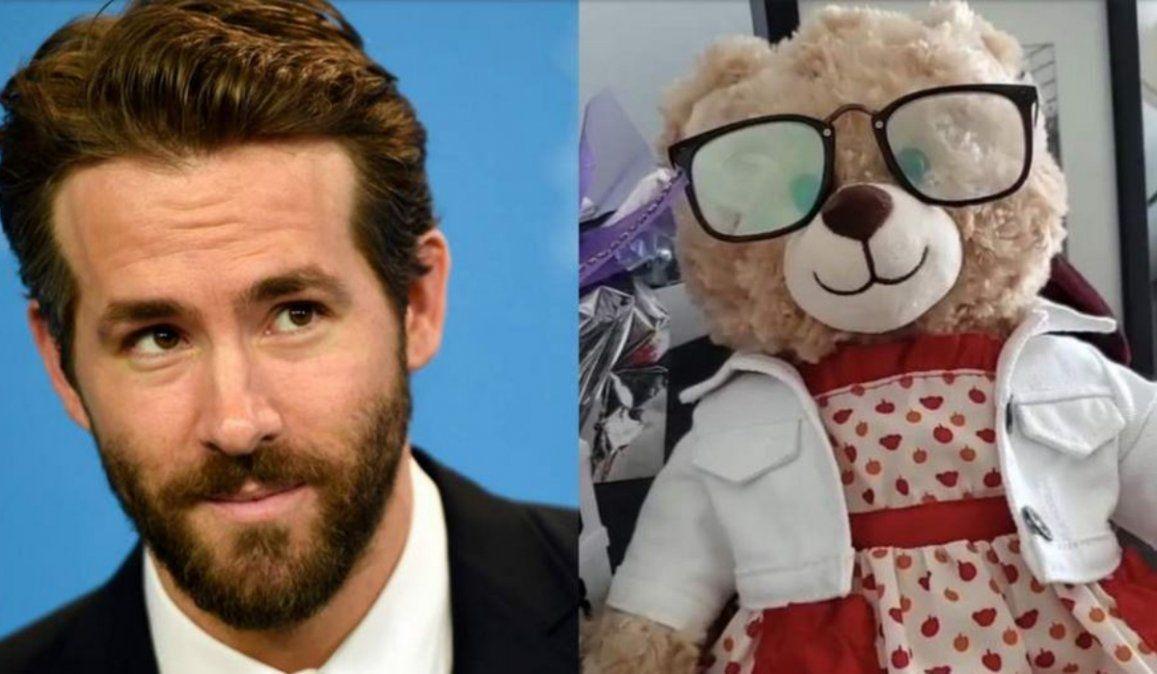 Ryan Reynolds ofreció 5mil dólares de recompensa por un oso de peluche