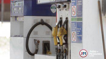 Con fuertes caídas en las ventas, estaciones de servicio esperan un aumento del combustible