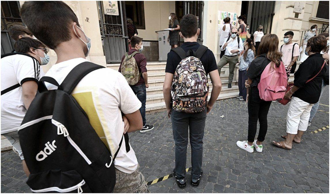 Luego de seis meses, Italia reabrió las escuelas en casi todo el país
