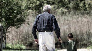 Poemas a los abuelos