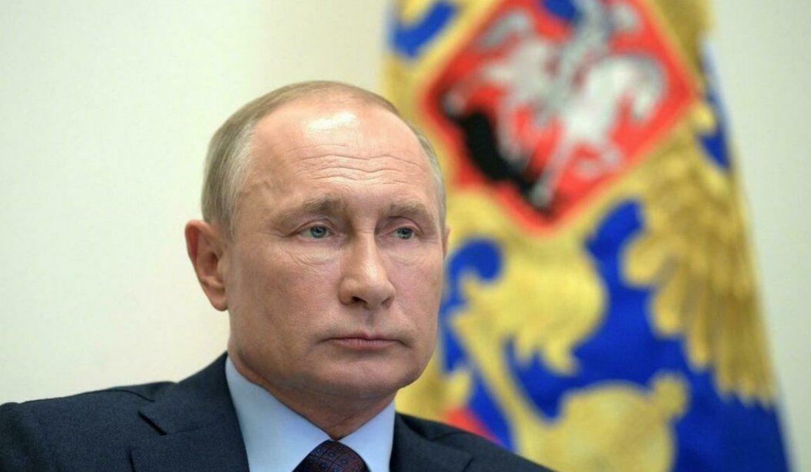 Putin está aislado: se detectaron varios casos de COVID-19 en su entorno